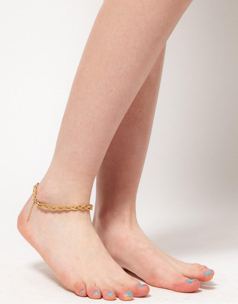 Золотой плетеный браслет на ногу