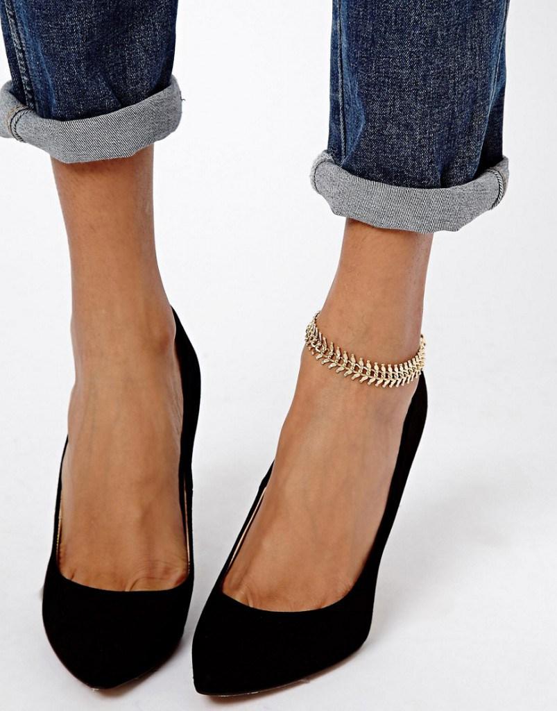 Широкий золотистый браслет  на ногу