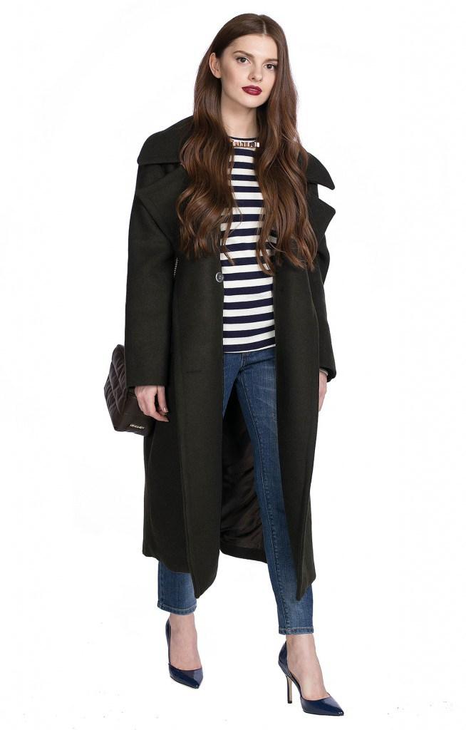 Черное пальто в стиле милитари