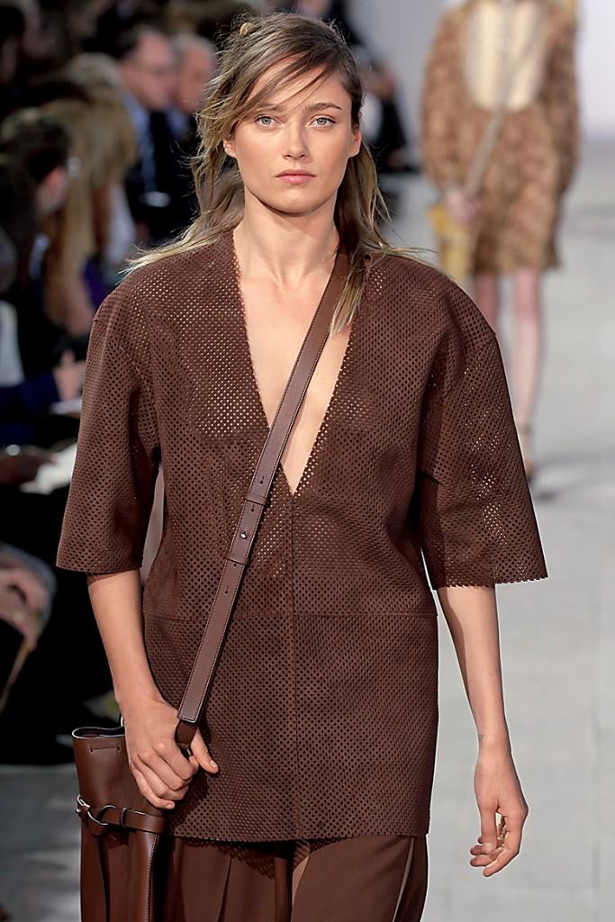 Блуза и юбка в стиле сафари для полных женщин