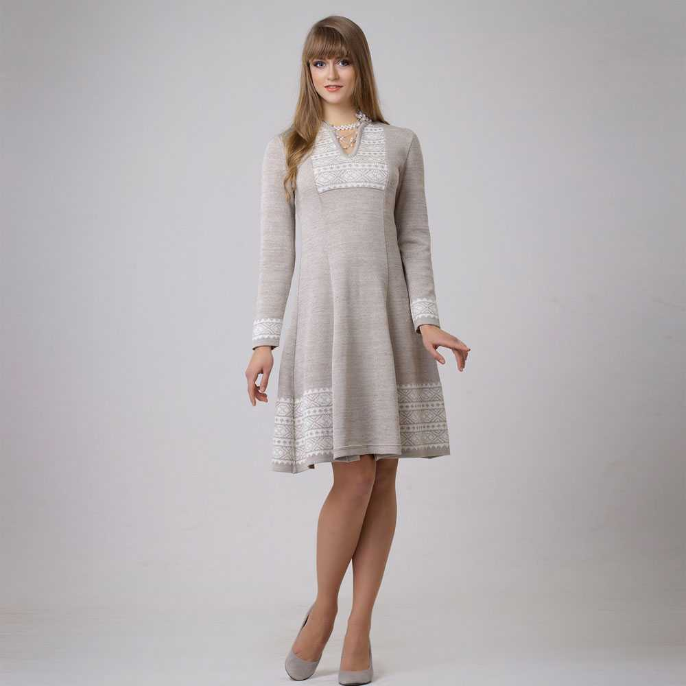 Женственное платье из льна в бохо стиле