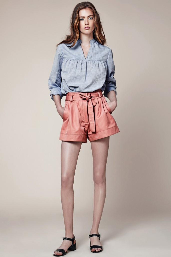 Шорты и блуза в стиле кантри