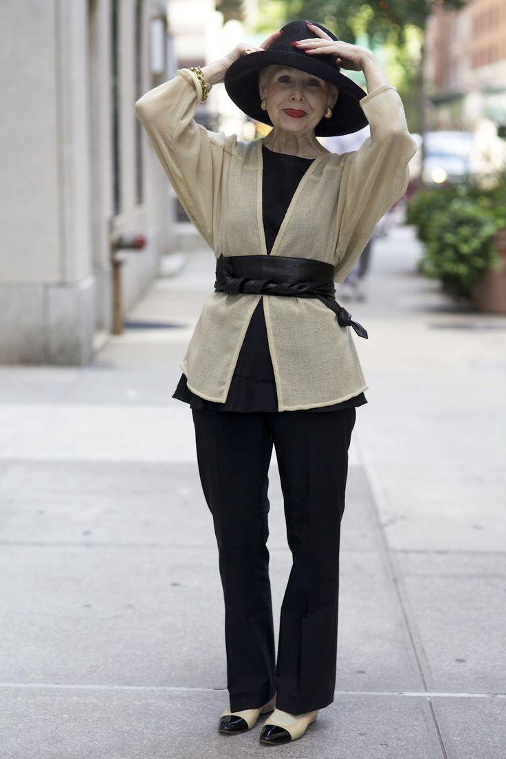 верхняя одежда для женщин 50 лет