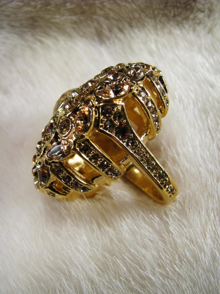 Объемное винтажное кольцо