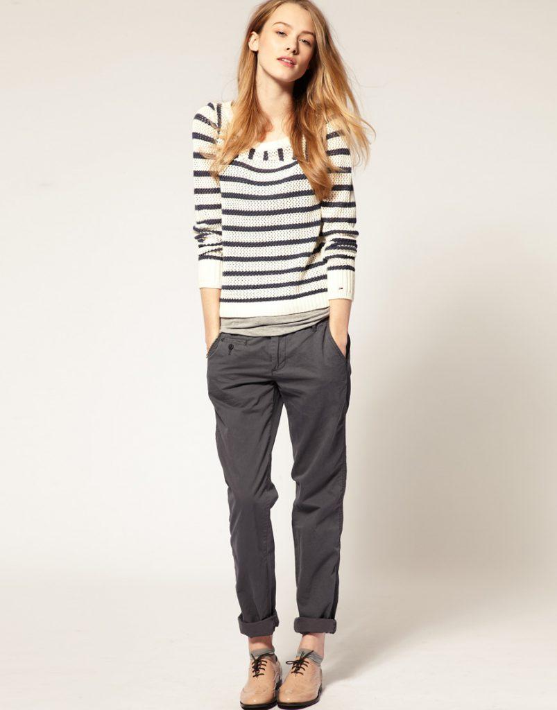 Серые женские брюки чинос