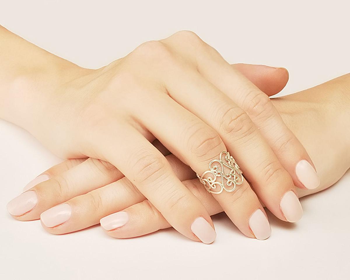 женские золотые большие кольца