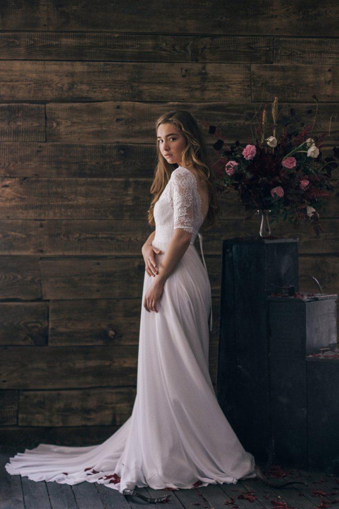 Винтажное свадебное платье со шлейфом