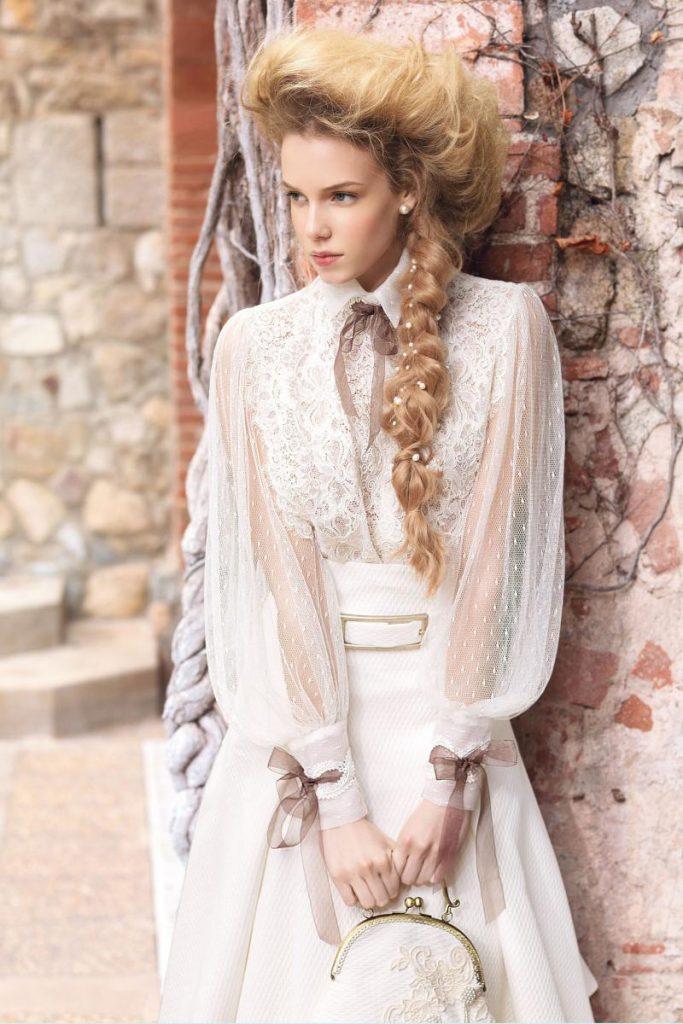 Свадебное винтажное платье с воздушными рукавами