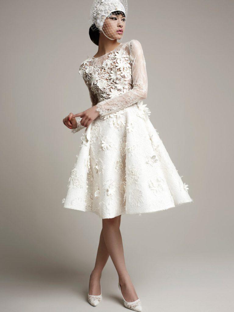Винтажное свадебное платье с цветочным узором