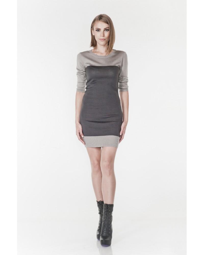 Серо-дымчатое двухцветное платье