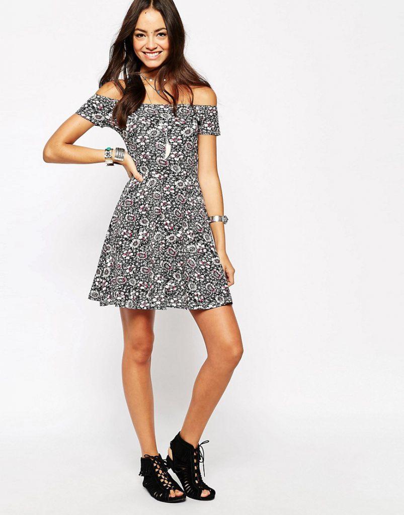 Нежное винтажное платье 70 годов