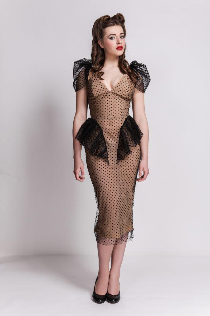 Коричневое платье в стиле винтаж в мелкий горошек