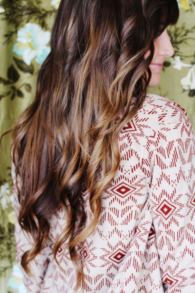 Легкие локоны на длинные волосы