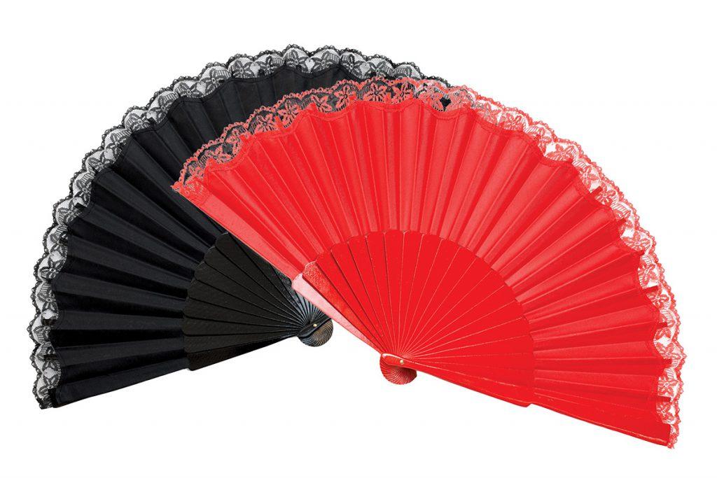 Черный и красный веера