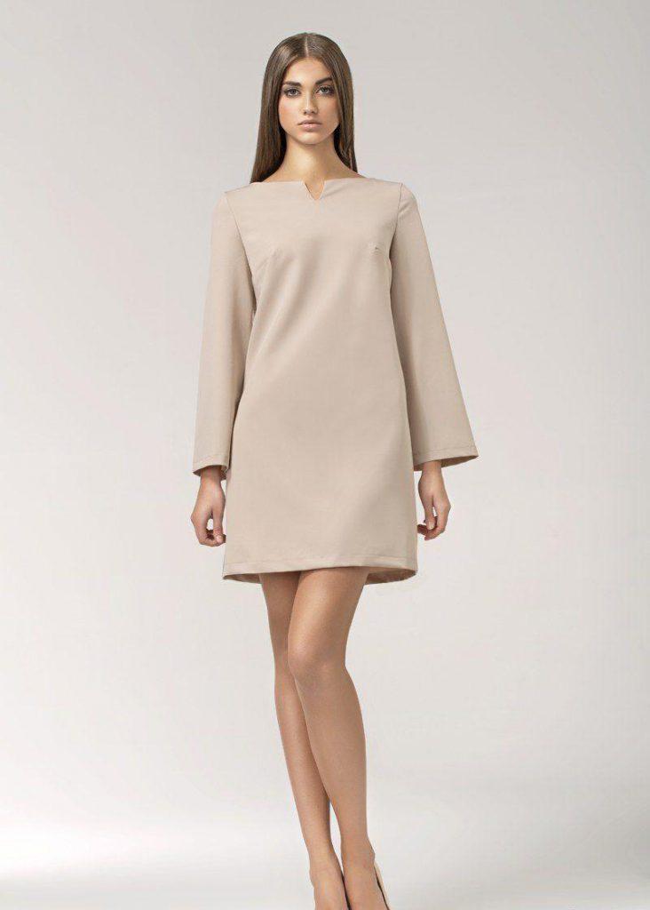 Бежевое платье в стиле 40 годов