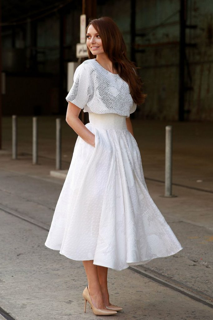 Белое пышное платье