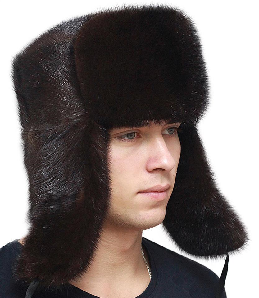 Красивая мужская меховая шапка