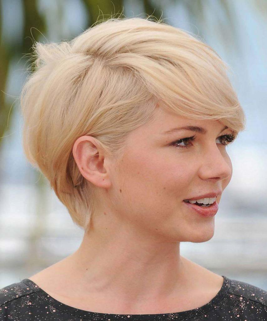 Короткая стрижка на тонкие белые волосы