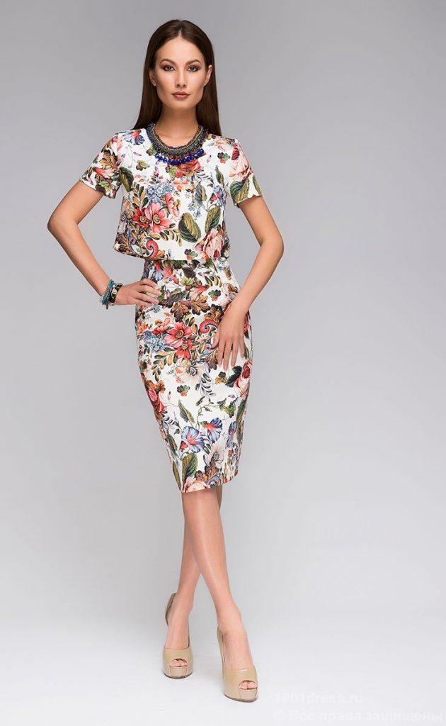 Цветочный комплект из топа и юбки