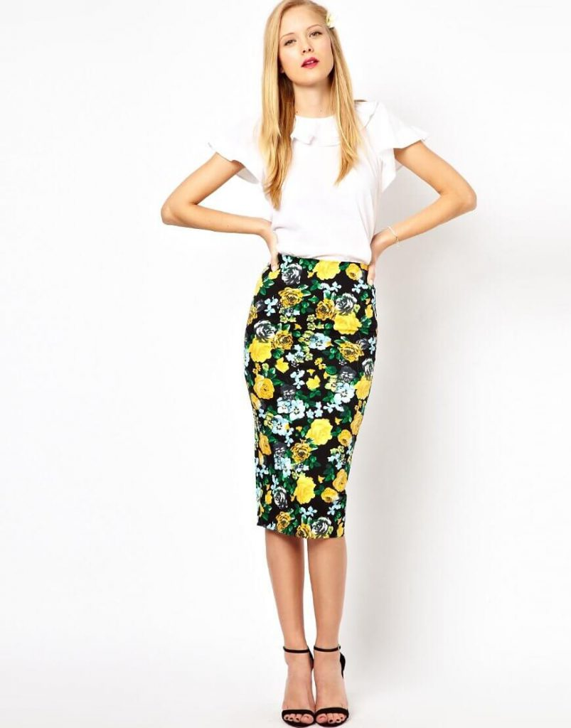 Черно-желтая юбка с цветочным принтом