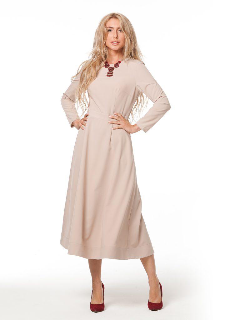 Нейтральный бежевый цвет в одежде