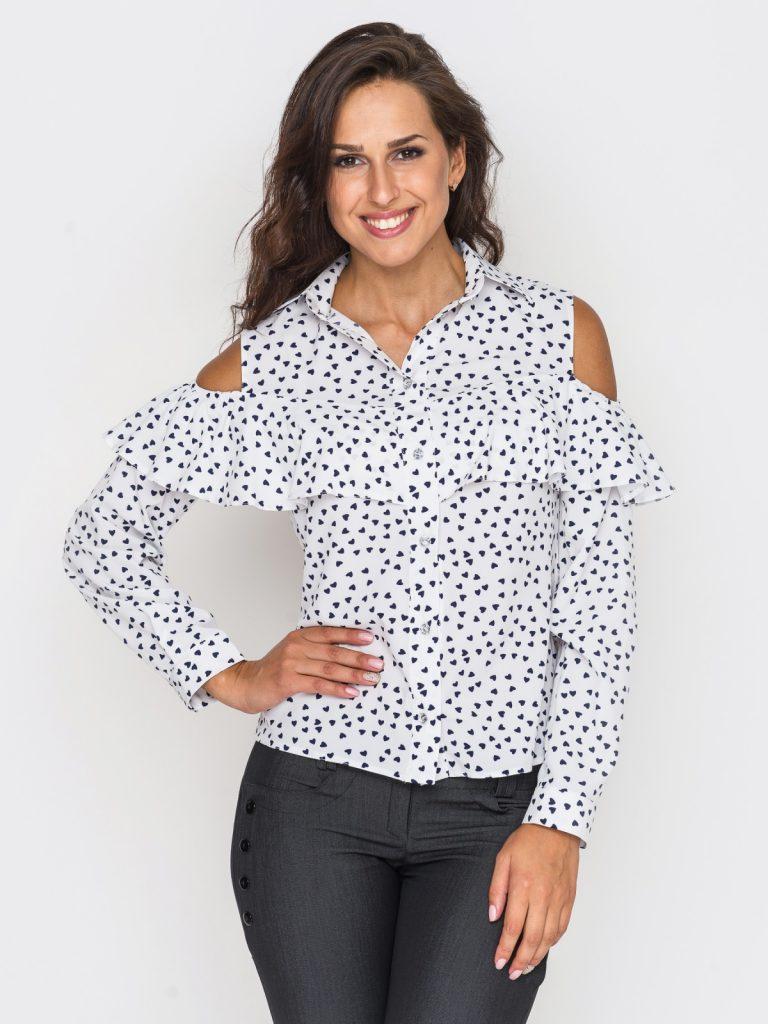 Блузка с сердечками с открытыми плечами