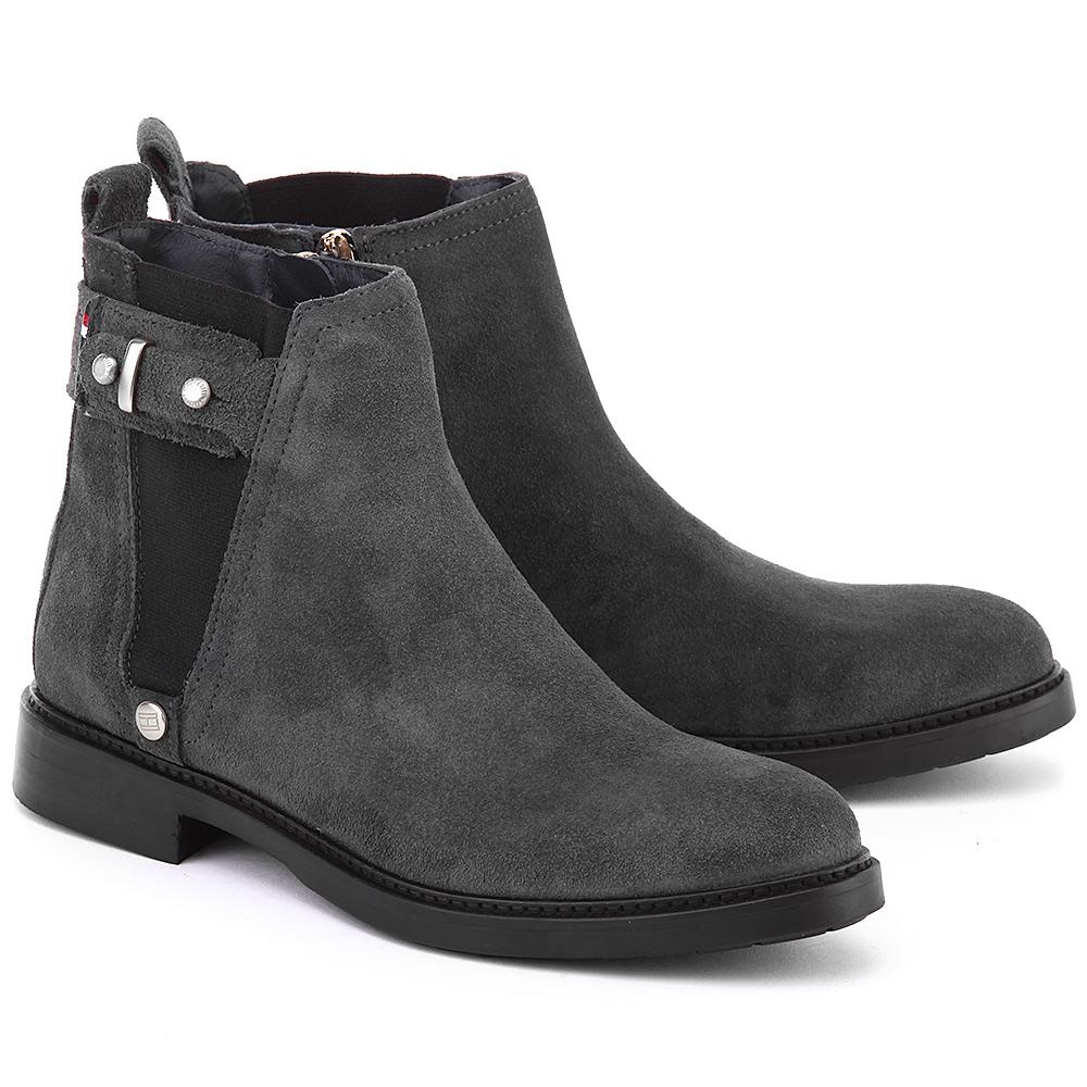 Темно-серые замшевые женские ботинки