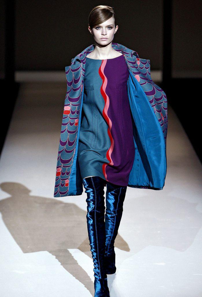 Фиолетовый и синий цвета в одежде