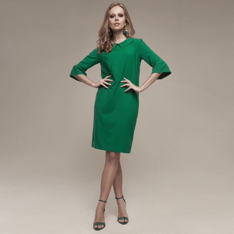Платье холодного зеленого цвета