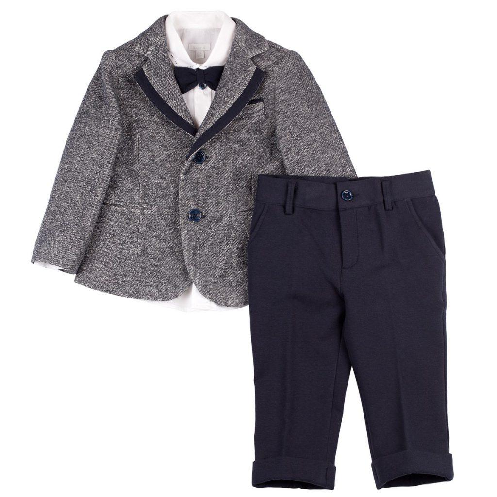 Серый детский пиджак и черные брюки