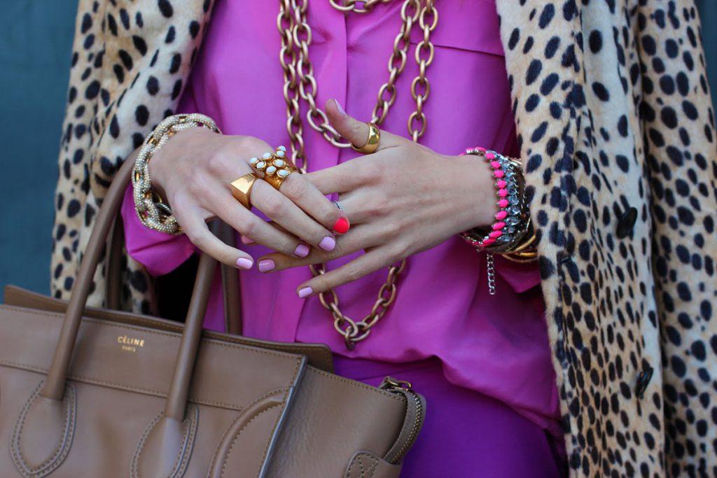 Сиреневый и коричневый цвета в одежде