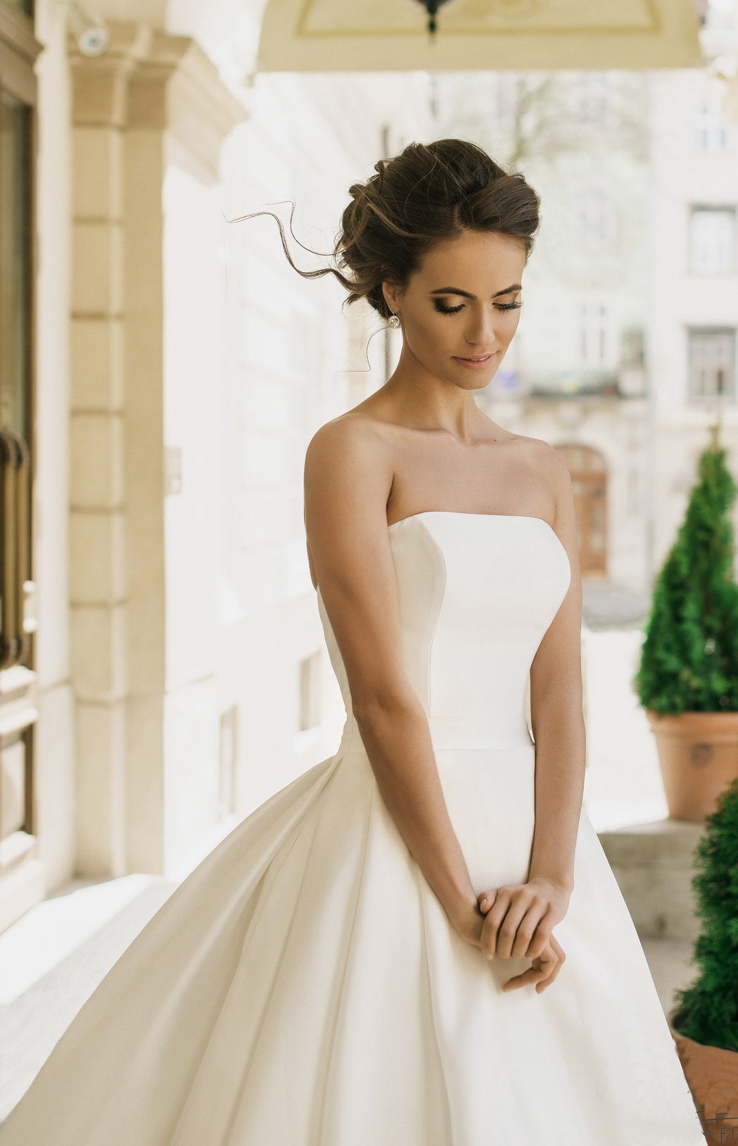 75c0cbe66c7 Кружевное свадебное платье с открытыми плечами Элегантное свадебное платье  с открытыми плечами ...
