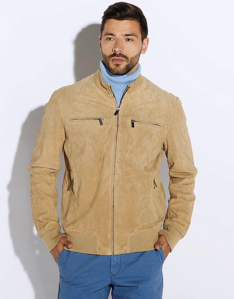Светло-бежевая мужская замшевая куртка