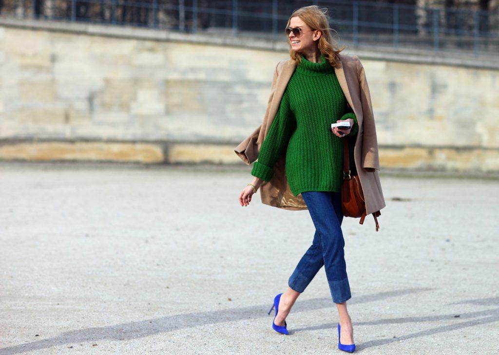 Зеленый, синий и бежевый цвета в одежде
