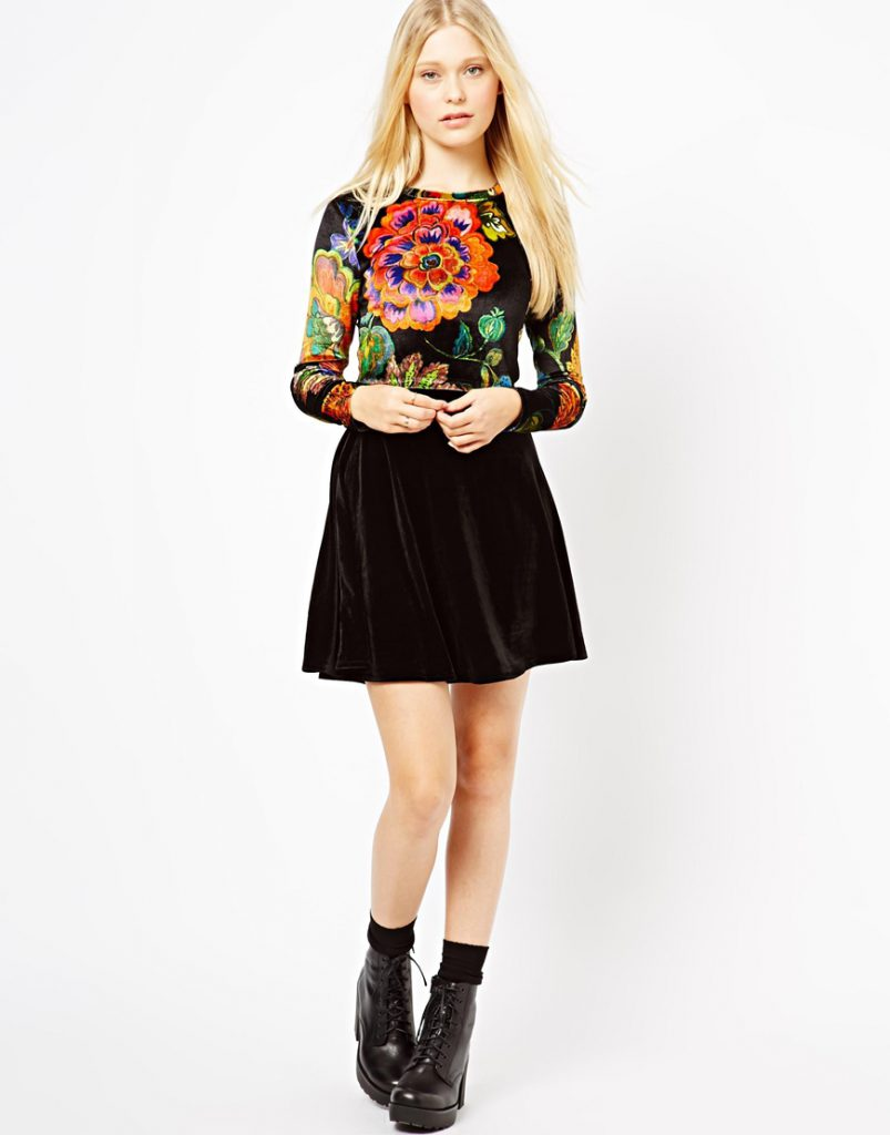 Черная бархатная юбка с разноцветным верхом