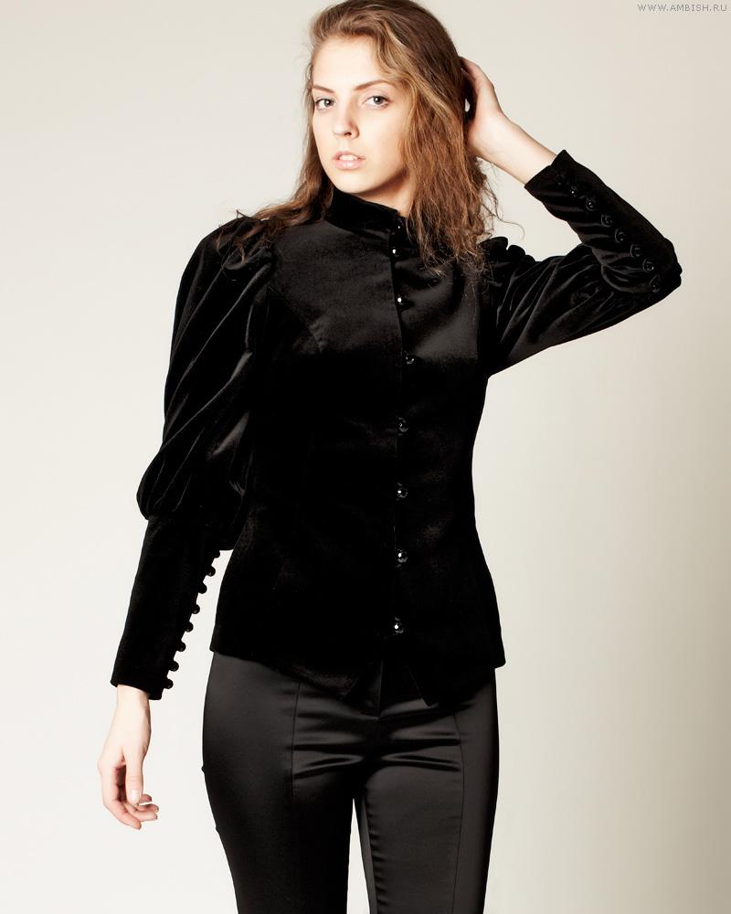 Черный женский бархатный жакет