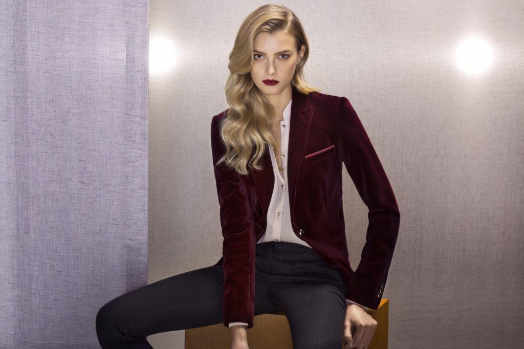 Бордовый женский бархатный пиджак