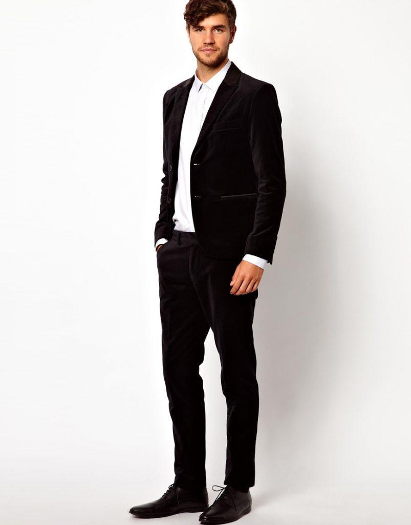 Чернный мужской бархатный костюм