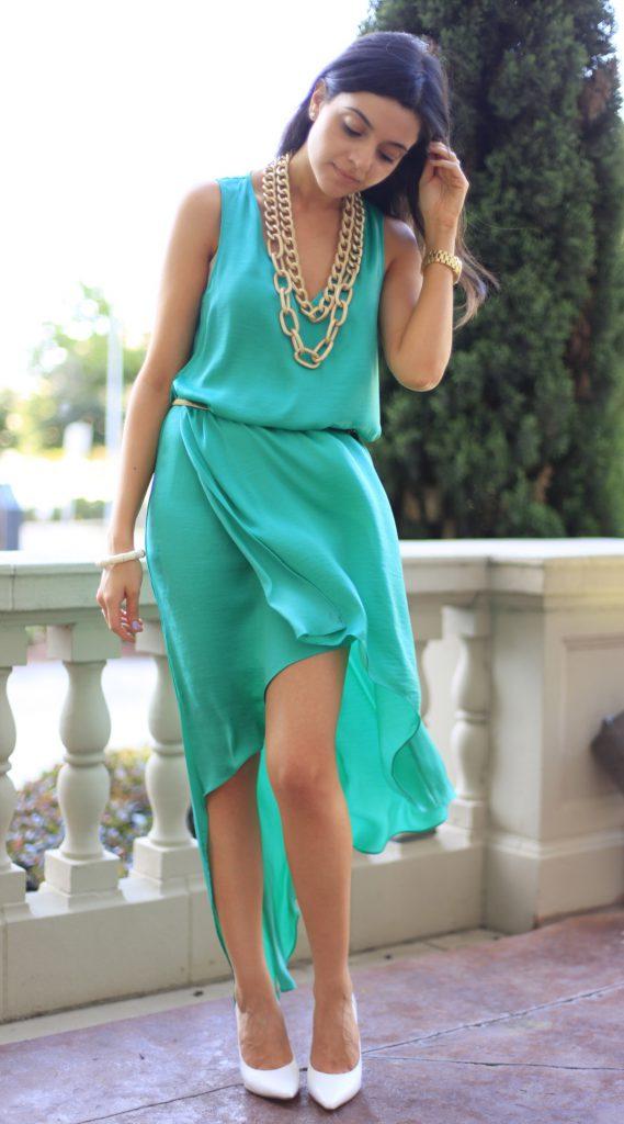 Белые туфли с зеленым платьем