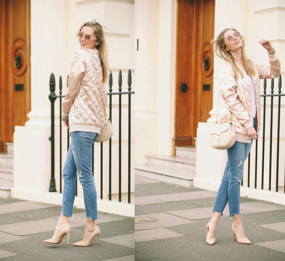 Бежевые туфли с джинсами и бежевой курткой