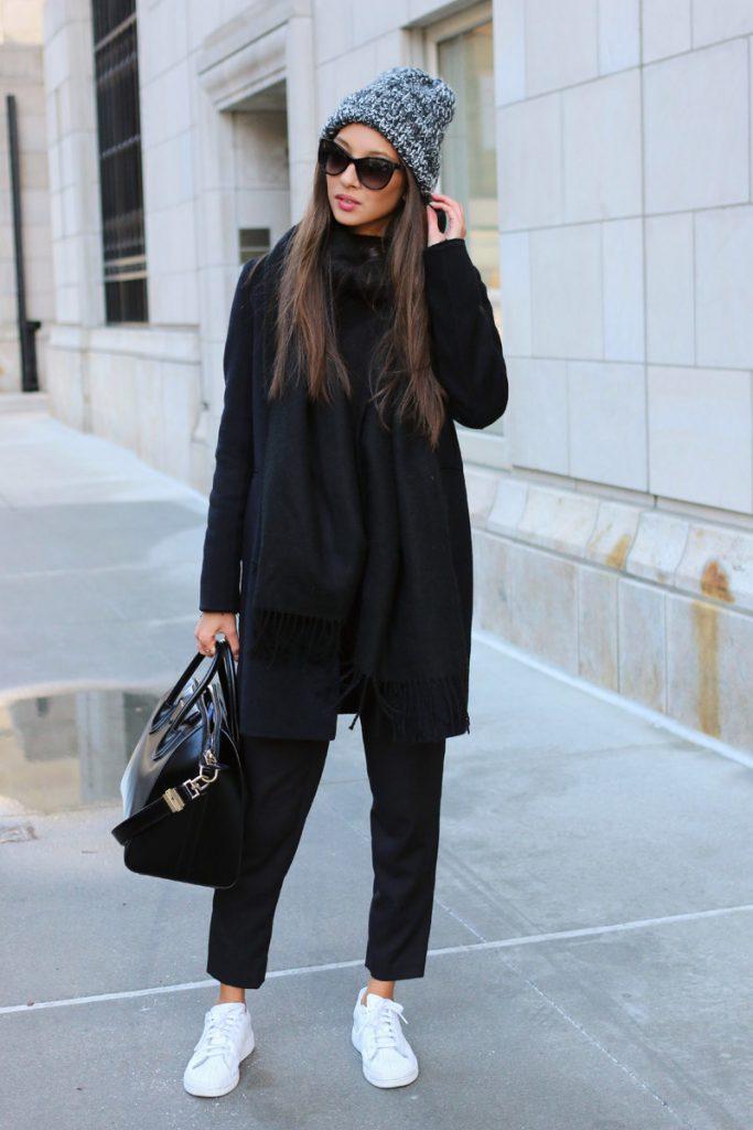 Богемный образ с черным пальто
