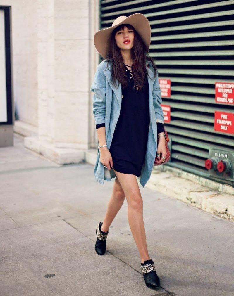 Джинсовый кардиган с коротким платьем