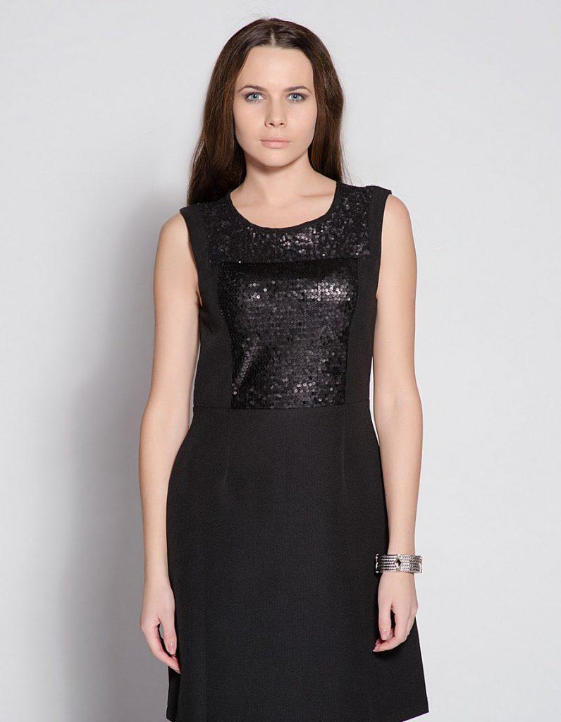 Черное платье с черными пайетками