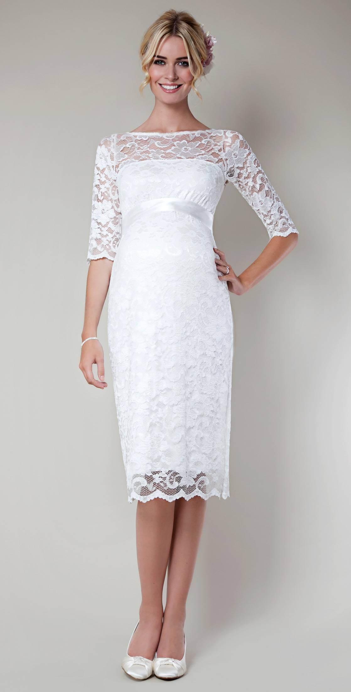 Как украсить платье из ткани вязаным кружевом