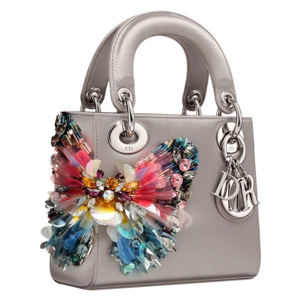 Украшение сумки бусами, бисером, стразами и другим декором