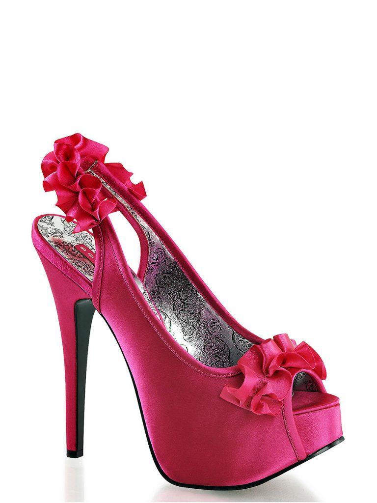 Розовые туфли с лентами