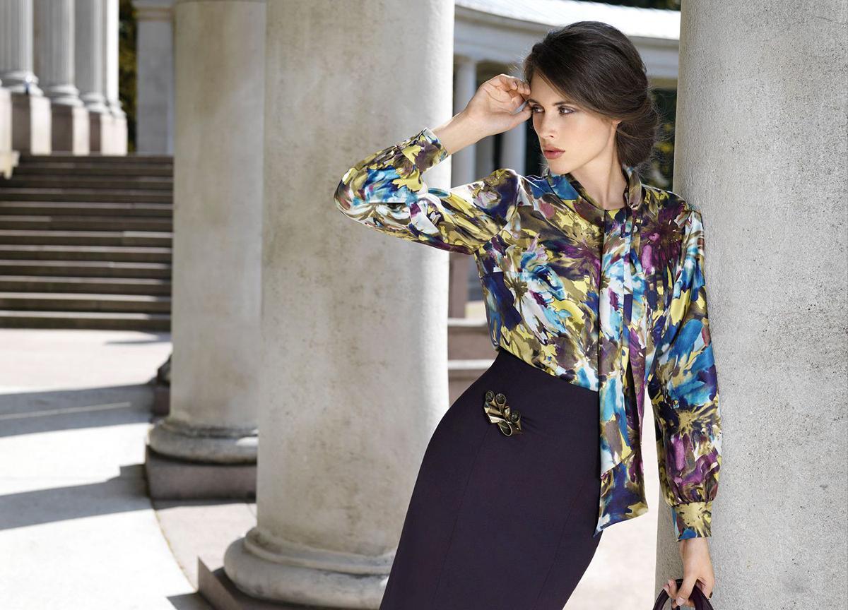 4a579d2ac8a Модная женская блузка Классическая ...