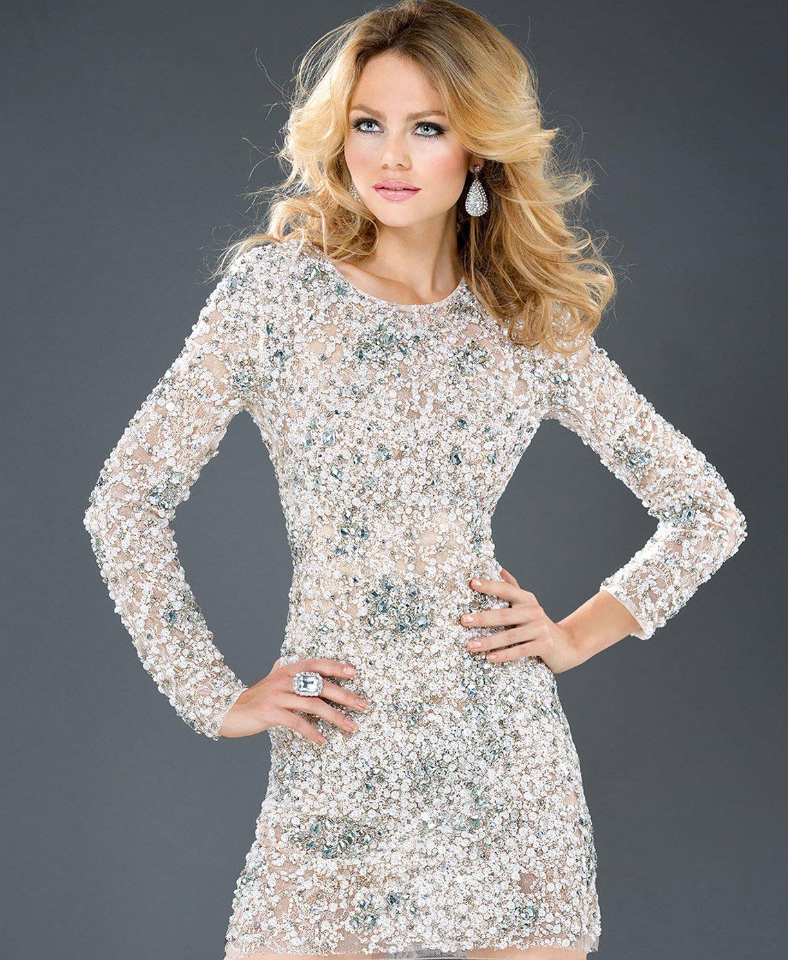 36e2bdad1ad Модное платье с камнями Красивое короткое платье с камнями ...