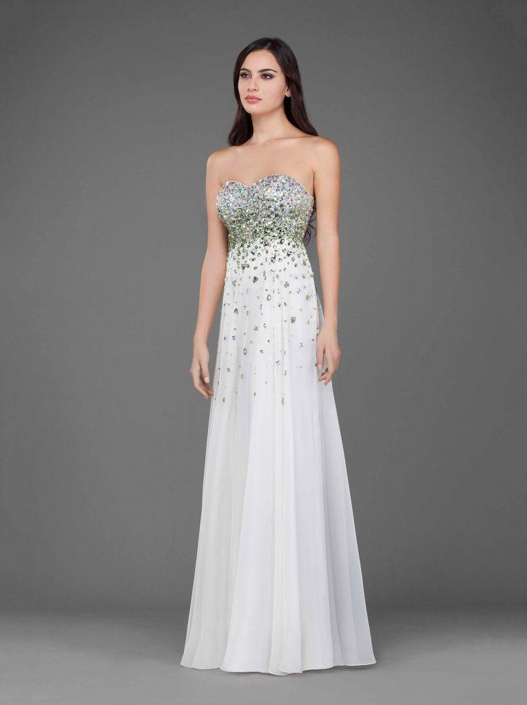 Белое элегантное платье с камнями