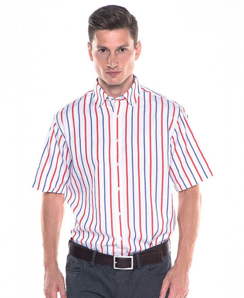 Мужская белая рубашка в красно-синюю полоску с серыми брюками